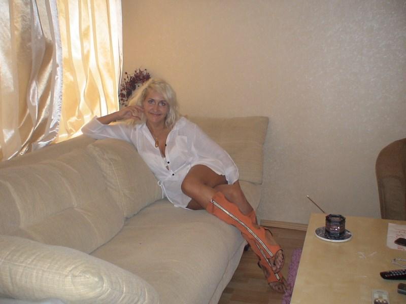 Голые ножки девушек на фото и обнаженные на devahy