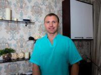 Опытный массажист Василий