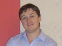 Опытный массажист Олег