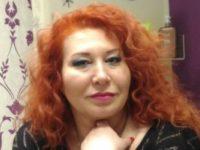 Массажистка Марина в чёрном джемпере - миниатюра