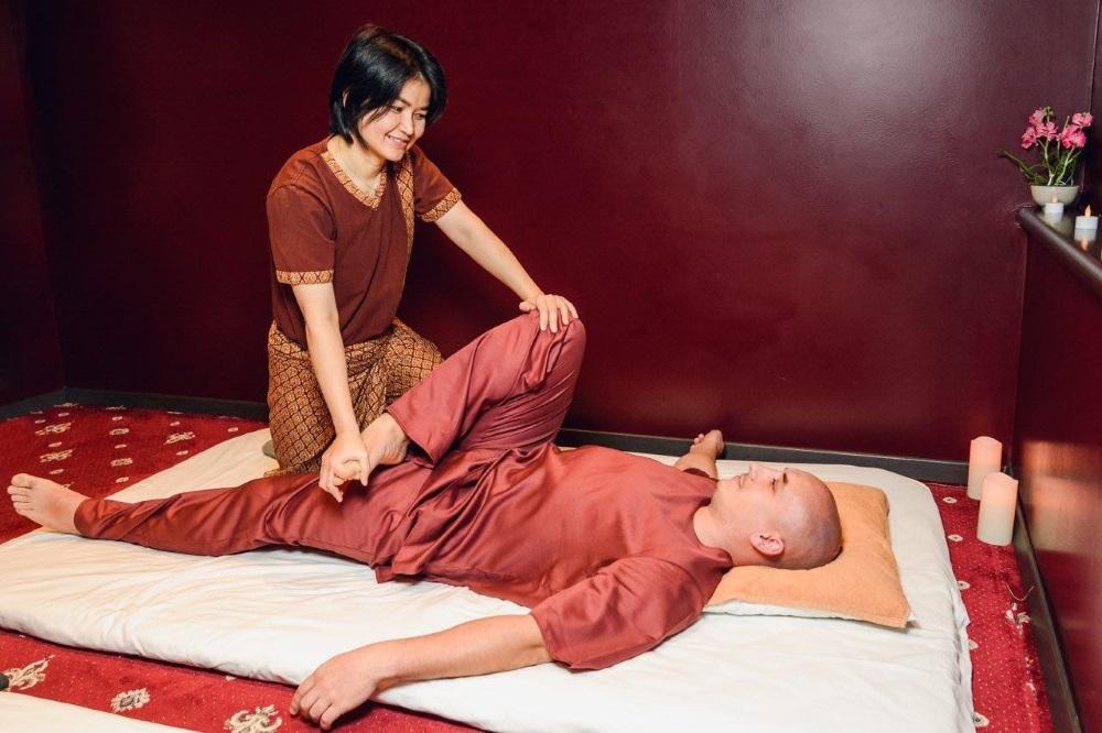 Тайский массаж мужчине