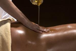 Эротический Нуру массаж
