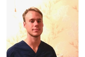 Массажист Дмитрий